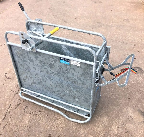 Dehorning Crate