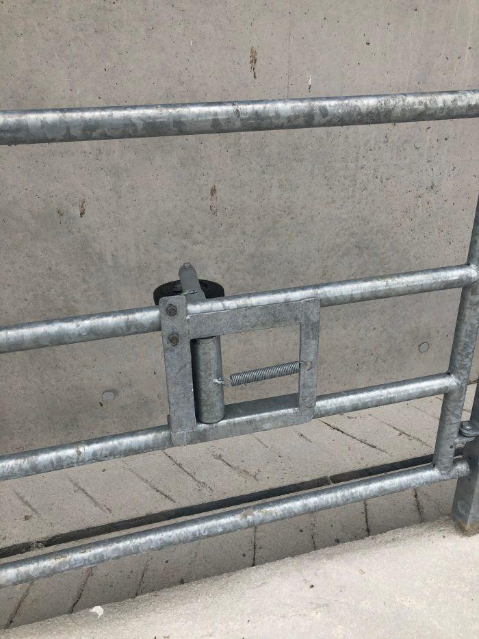 Anti-Backing Gate