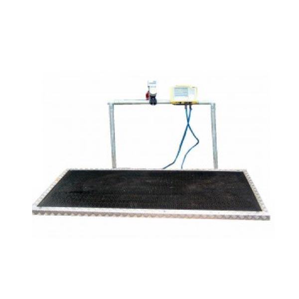 Horse platform