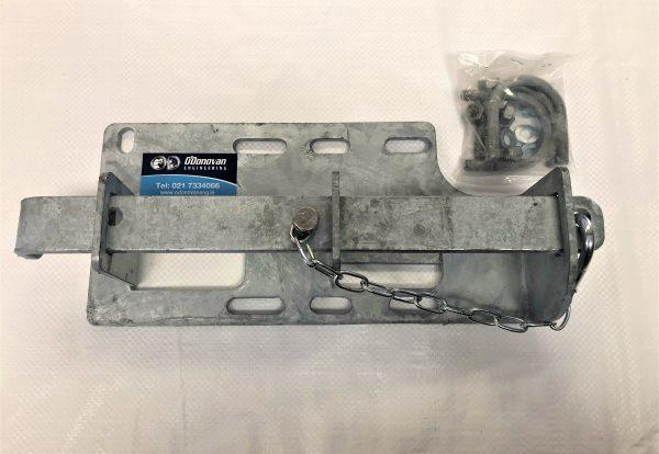 interlocking latch
